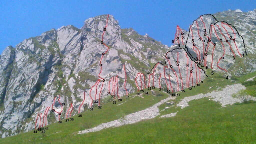 Foto Monte Dolada con vie